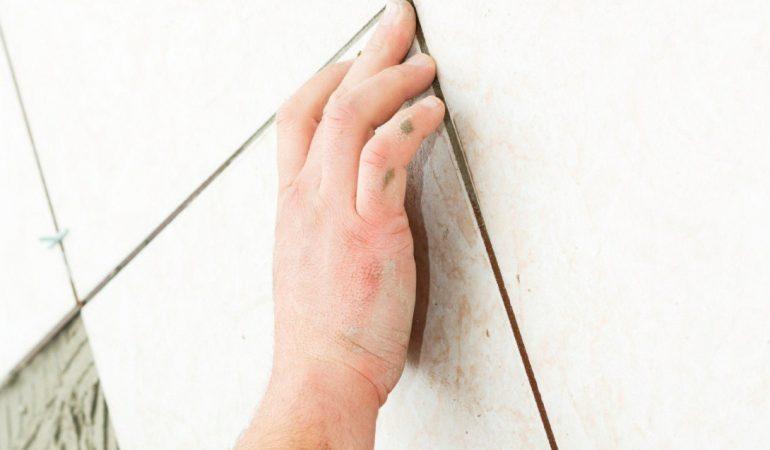 Thợ xây khi ốp lát gạch tường nền cần chú ý những gì?