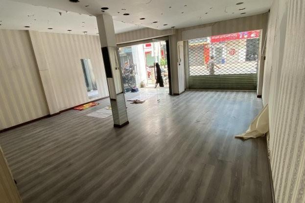 Dịch vụ xây dựng, sửa chữa cửa hàng shop thời trang quần áo