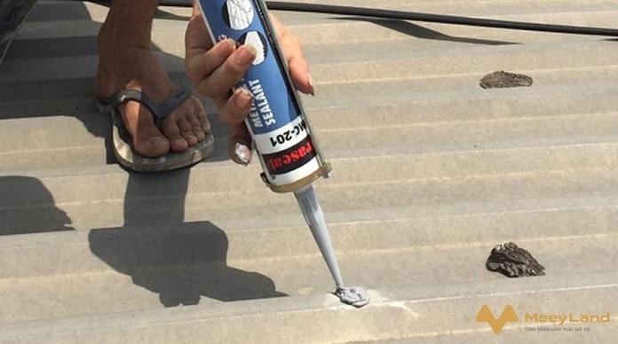 Chống dột mái tôn – Tiết lộ cách chống dột hiệu quả 100%
