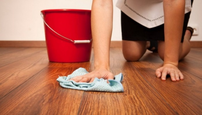 nen lam sach san sau khi tay vet xi mang - Cách tẩy xi măng bám vào gạch đơn giản ít người biết tới - giai-phap-xay-dung