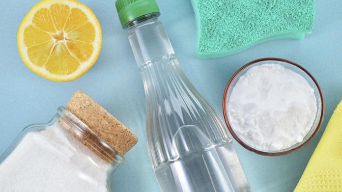 su dung hon hop backing soda cung nuoc hoac giam - Cách tẩy xi măng bám vào gạch đơn giản ít người biết tới - giai-phap-xay-dung